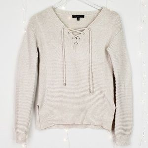 Romeo + Juliet | Lace Up V Neck Ribbed Sweater S
